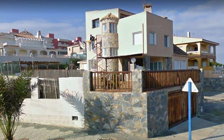 Habitación en Chalet La Manga Km4