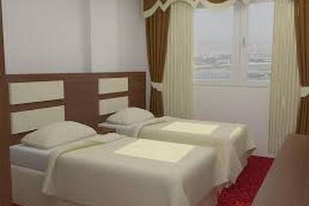 Secure, comfy, easy room to rent - Talas
