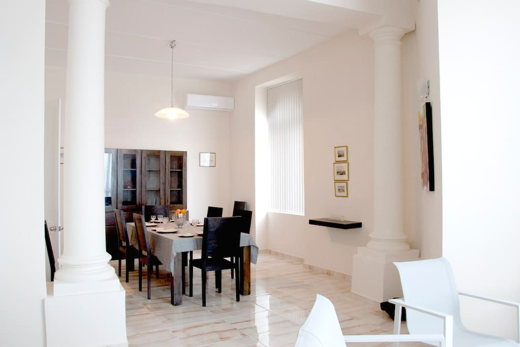 Dining Area with seating capacity for 8 guests