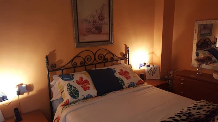 Habitacion doble con Baño y vestidor independiente