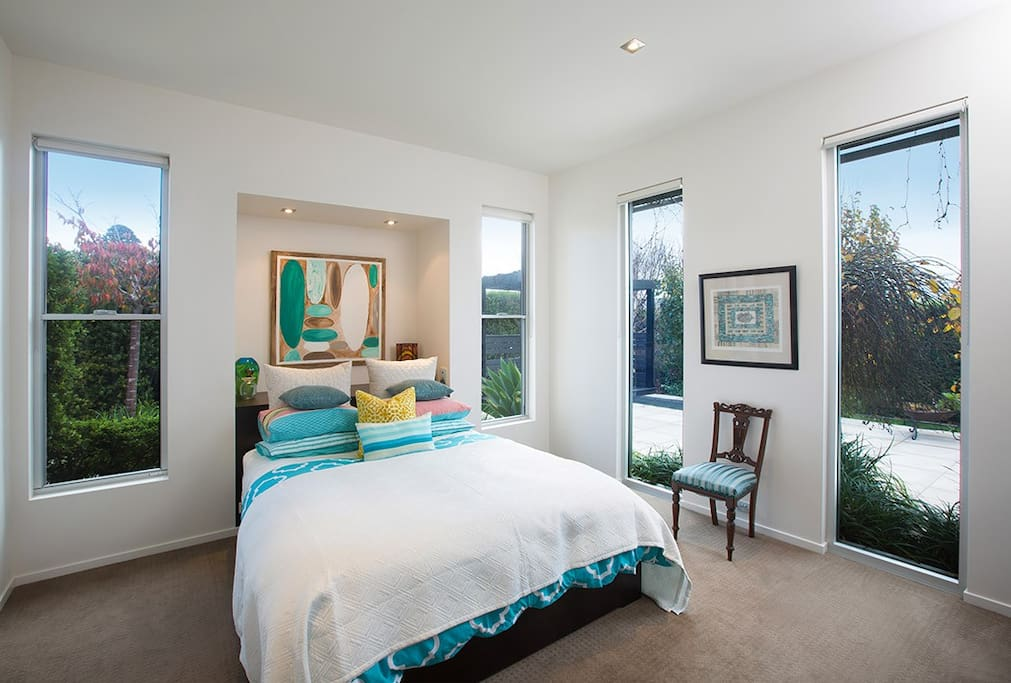 AQUA ROOM @ Dunmore House. 1 of 3 plush bedrooms to choose from. Take your pick, they're all fabulous!