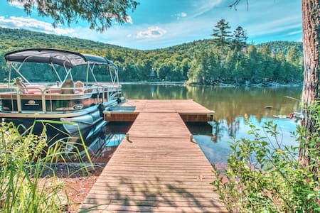 💎🍾Chalet Champagne🍾💎Waterfront near Mont Tremblant