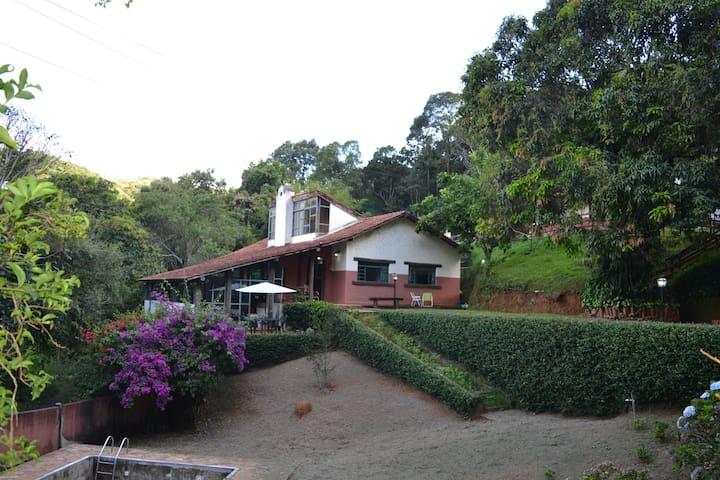 Sossego, privacidade e natureza em Macacos. - Belo Horizonte