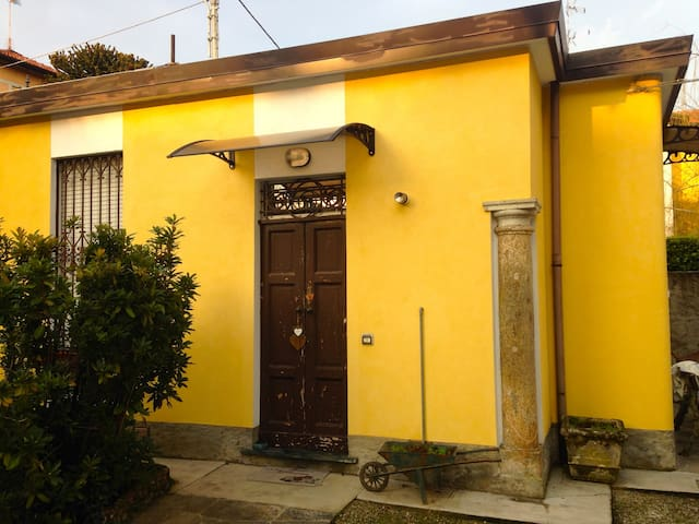 La Casetta gialla