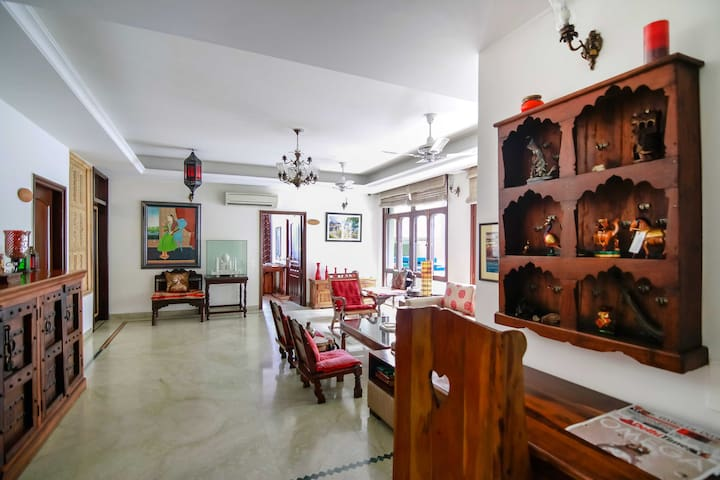 Bhuj-theme room in a boutique hotel, West Delhi