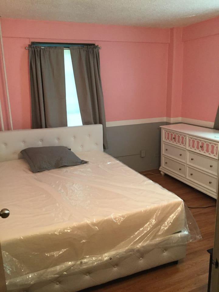 Brand new memory foam mattress queen size