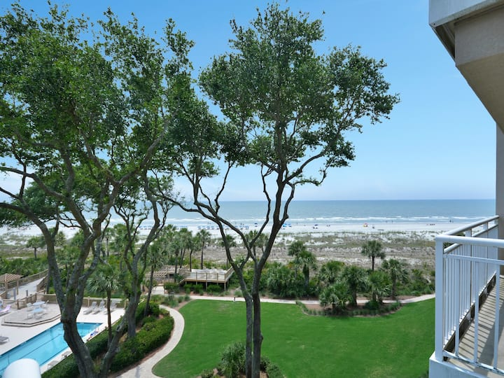 5406 Hampton Place ~ Just Steps from the Beach!