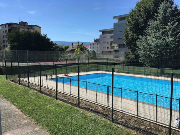 Studio 2 personnes Chambéry /piscine et parking 3*