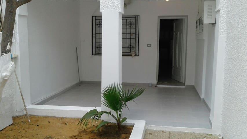 Maison à 50 mètres de la mer - Hammamet - House