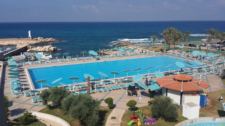 Spacious chalet in Aqualand Batroun with sea view