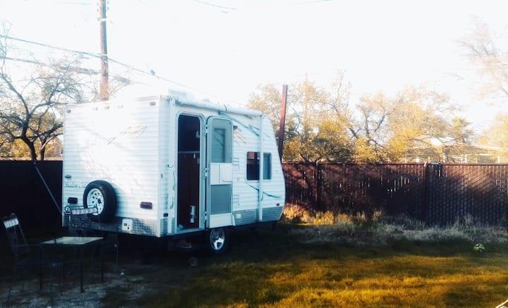 Cozy  RV in central location