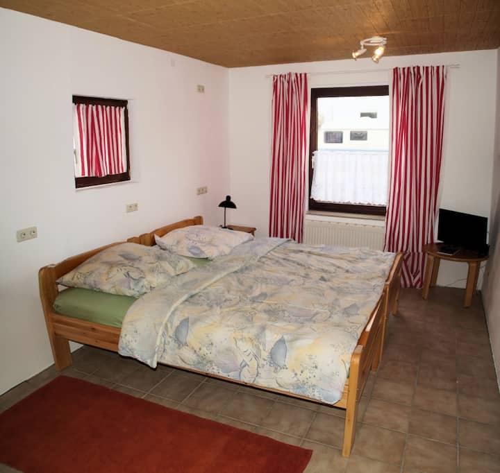 Gästezimmer Koblenz-Rübenach, Nähe Uni und BWZK