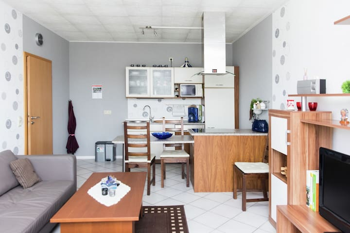 Blissful Apartment with Terrace, Barbecue, Garden Furniture