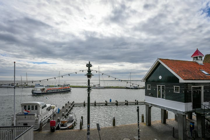 Duplex on hotspot in Volendam