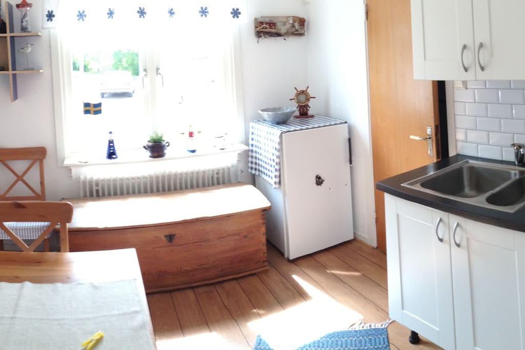 Kitchen & Dinning Room Together