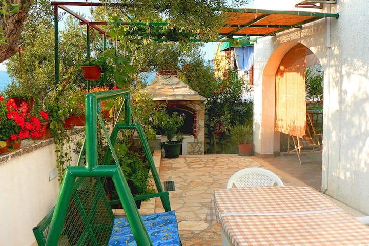Studio flat with terrace and sea view Supetar (Brač) (AS-7631-a)