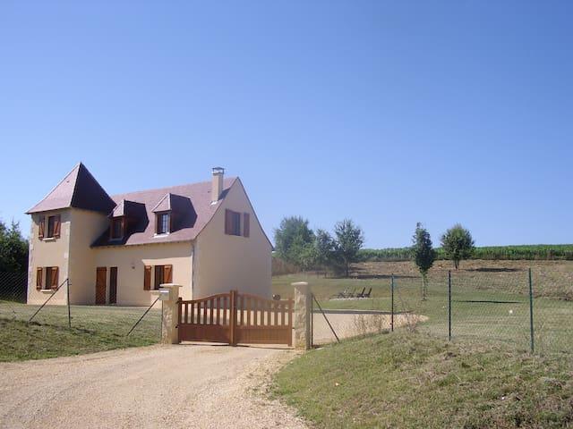 Le Mimosa Arbre, Montignac, 24290 - Montignac - Casa