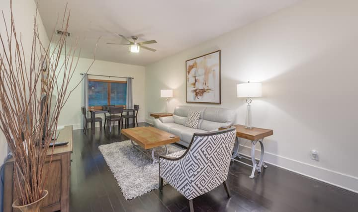 Apt E -Cozy Comfort in the Heart of Winter Park