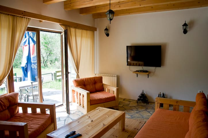 Rooms Pahulja-Comfortable room with a big terrace