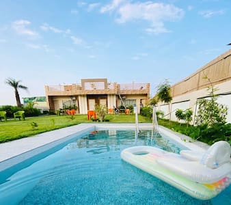 R K Villa 3 -with Swimming Pool and Garden