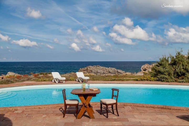 Villa Mariu e Amelie with private pool at the sea - Portobello