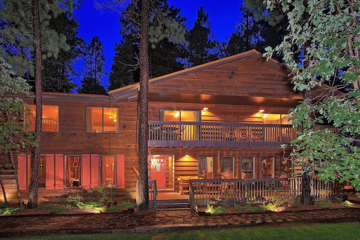 AMAZING ONE OF A KIND CABIN - 4700 SQ/ FT OF FUN !