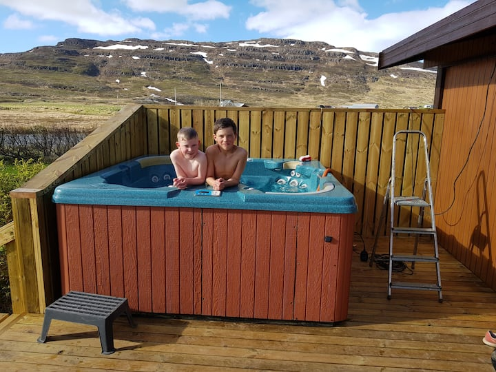 Hvammur    Cottage with a private hot tub