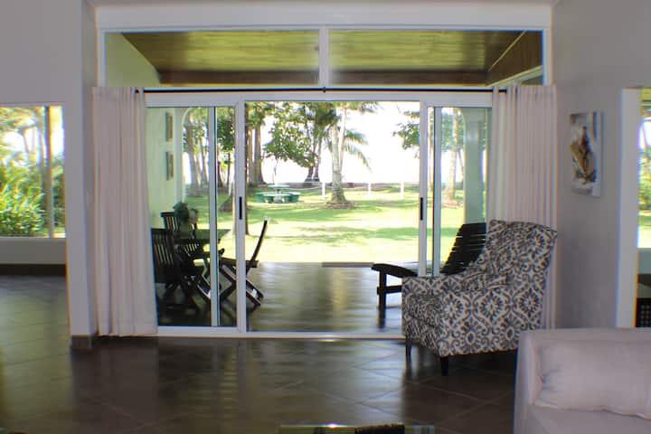 Tres Palmas 2 Bedroom Beach Front