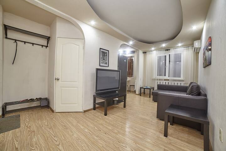 2к апартаменты в центре ул. Мечникова 146а - Rostov - Hus