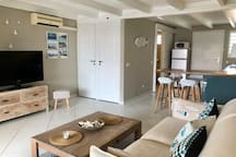 Charmant duplex romantique avec piscine et vue mer