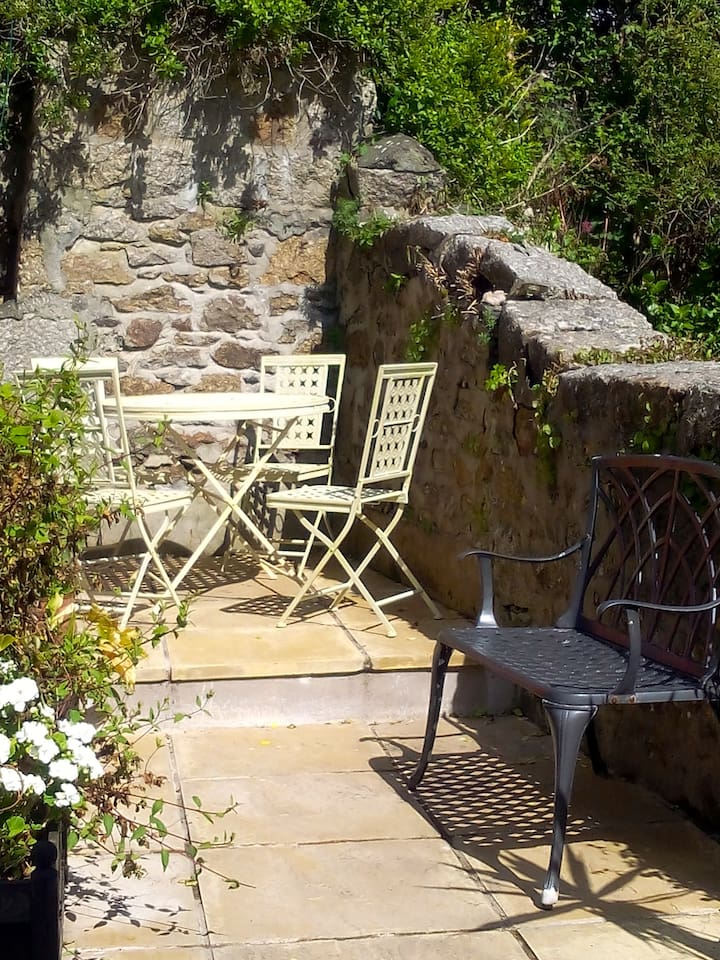 Suntrap Terraced Garden