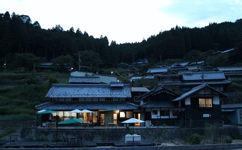 赤目 Guest House &Cafe Kamui