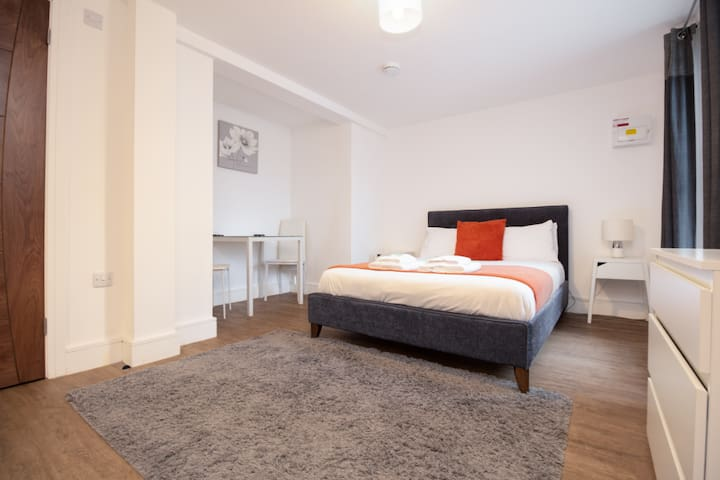 SAV Apartments Leicester - Studio Regent Road