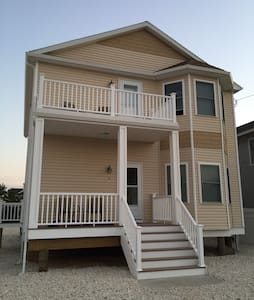 New Beach House - 1/2Block to Beach - Lavallette - Hus