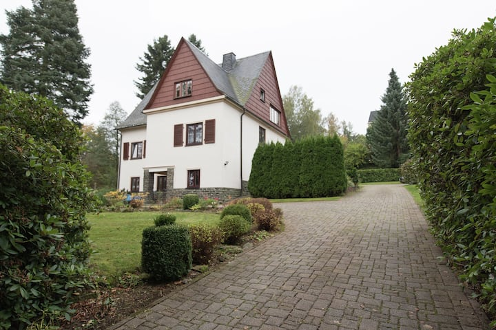 Holiday homes for two people, with a swimming pool, in the Ore Mountains.