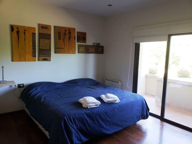Dormitorio 4, con cama king