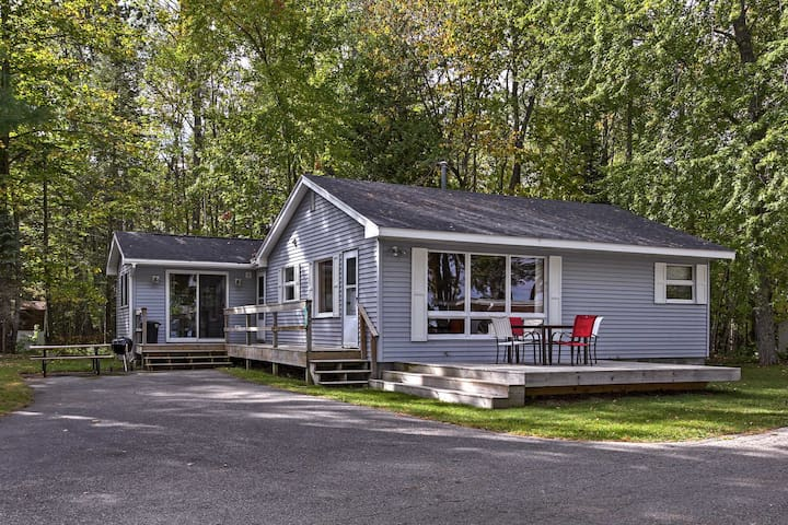 NEW! 2BR Alanson Cottage - Steps from Burt Lake!