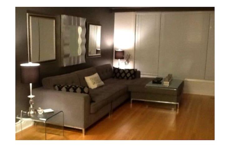 Central, Modern decor