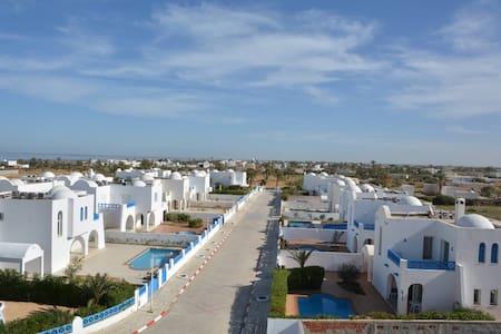 Hekma résidence Villa - Fatou - Casa de campo