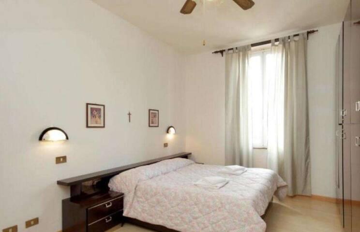 อพาร์ตเมนต์คลาสสิกแบบหนึ่งห้องนอน