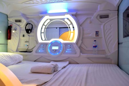 Capsule Double Bed (Private Room)