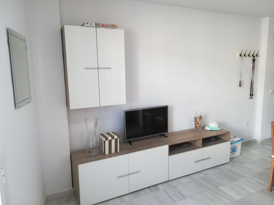 mobiliario nuevo y funcional