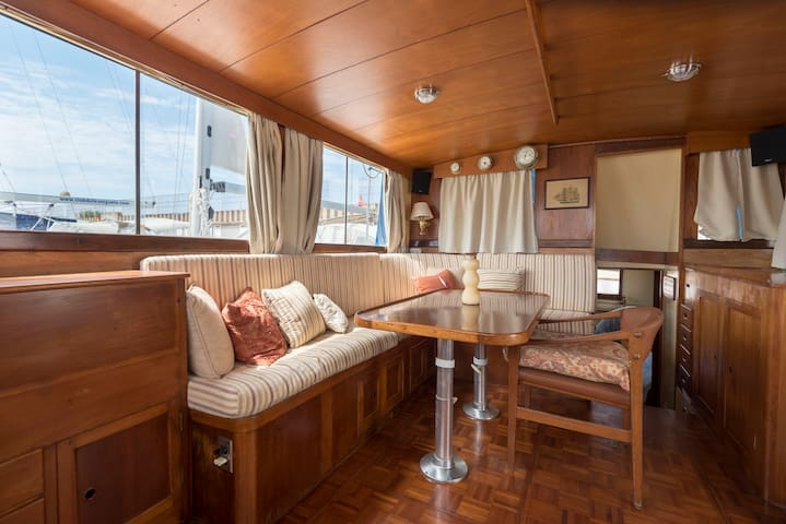 Classical wood boat home in Barcelona Port Forum