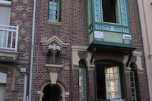 Villa de 1900 rénovée dans quartier balnéaire - 50m de la plage