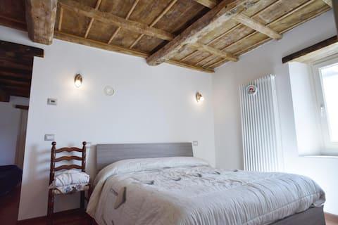Da Vinci Apartment_Prato All'Aia (private forest)