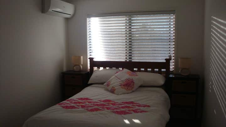 Single secure a/c room in large friendly home