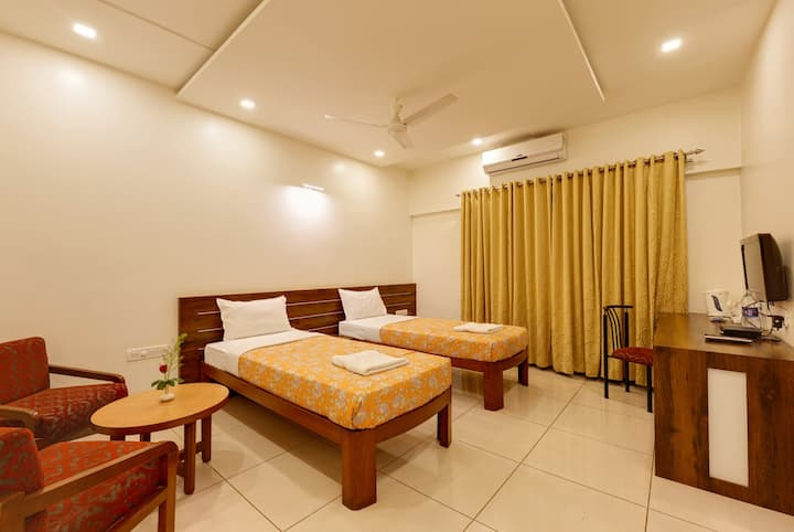 Hotel Woodland, Kolhapur Executive Room Ac