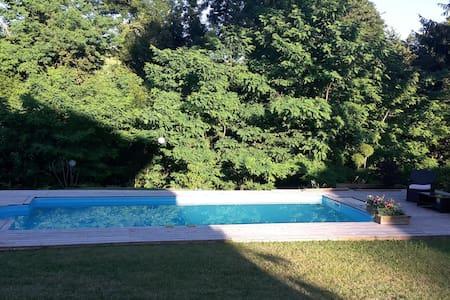 Maison avec piscine dans la campagne d'Annecy - Vaulx - Talo