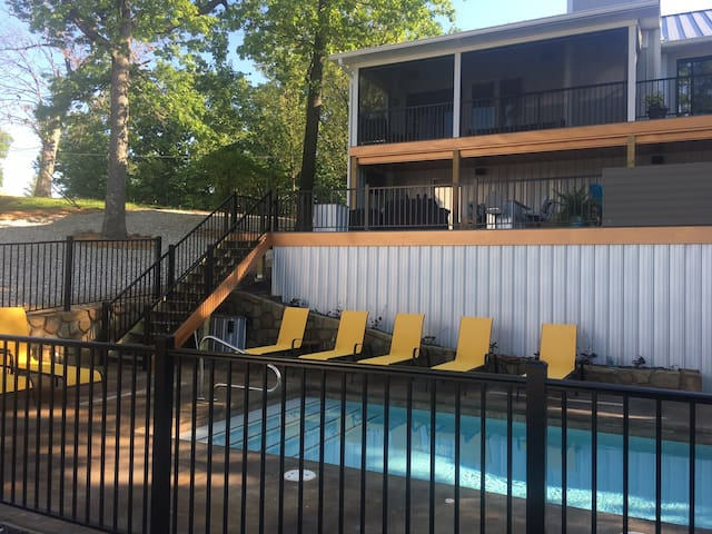 Pool opens May 4th, Hot tub, game room, sleeps 20