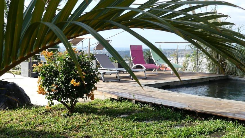 Agréable rez-de-jardin, superbe vue❤piscine privée